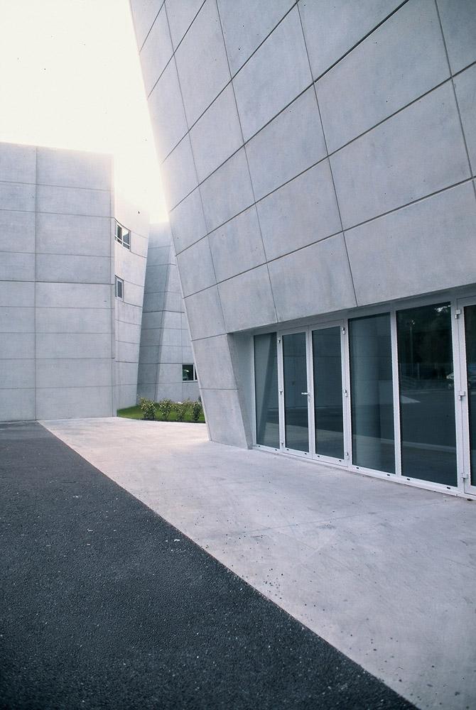 immeuble de bureaux watoo m rignac atelier d 39 architecture claude marty. Black Bedroom Furniture Sets. Home Design Ideas