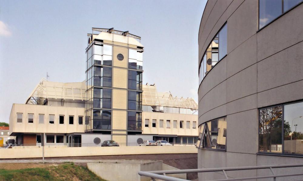 1995 - Centre régional de transfusion sanguine - Bordeaux - Lauréat du concours